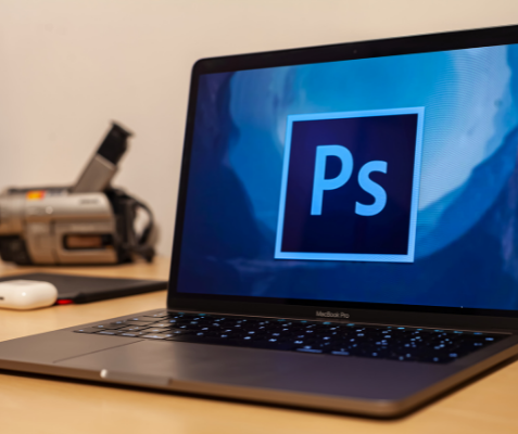 Photoshop for Creative Minds